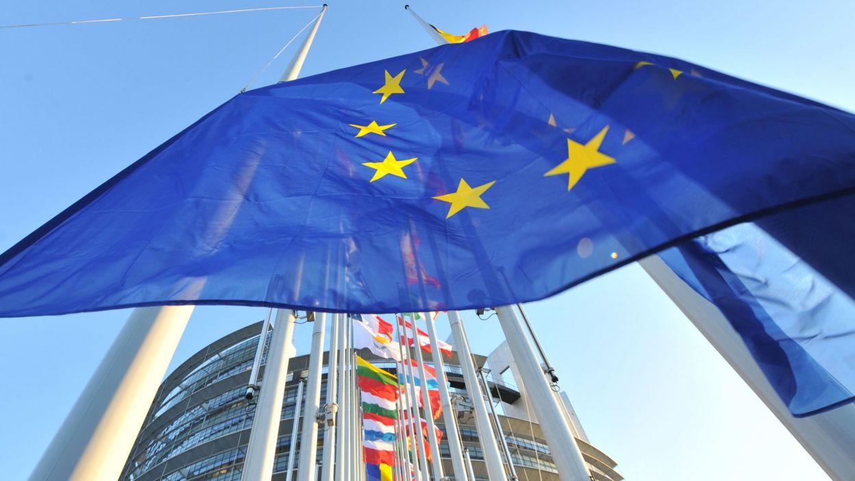 Bilancio dell'UE: la Commissione europea accoglie con favore l'adozione del bilancio a lungo termine dell'UE per il 2021-2027